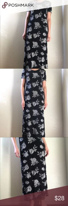 """Vintage Floral Dress Vintage ankle length stretchy floral dress. It stretches quite a bit, it can fit sizes small - large. I believe it is marked a size 8 and the material is probably a synthetic/spandex blend! I am 5'4"""" and a size medium for reference! 💌 Vintage Dresses"""