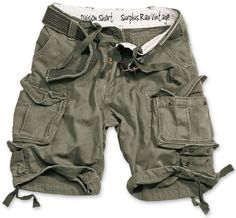 """Surplus Designer-Shorts """"Division"""", Size: L, Color: oliv - Division Shorts The Division Short is the summerly pendant of the Premium Vintage Trouser in absolute first-class light-weight-quality. The Short is available in different washed colours, ev"""