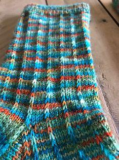 Ravelry: Slip It Simple knit Sock pattern by Christine Long Derks - Socken stricken Crochet Baby Socks, Crochet Socks Pattern, Easy Knitting Patterns, Crochet Blanket Patterns, Loom Knitting, Crochet For Kids, Knitting Socks, Baby Knitting, Simple Knitting