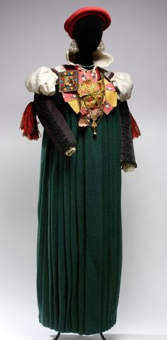 el traje de ansotana Folk Costume, Costumes, Victorian, Dresses, Fashion, Hand Embroidery, Outfit, Suits, 19th Century