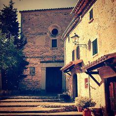 Secret places in #Mallorca #wedding #weddingday #weddingplanner #church #weddingchurch #romanticwedding #romantic #love #weddingphoto #weddingplanning #charming #weddingceremony #weddingplanners