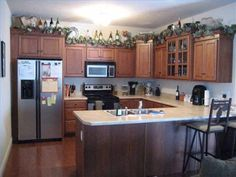 decorating above kitchen cabinets | decorating above kitchen cabinets pictures