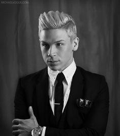 Men's fashion. Tom Ford suit. Calvin Klein tie. Swarovski collar pin. Gucci pocket square. Tie Bar Tie clip. Burberry men's watch. Men's Hair Syle.
