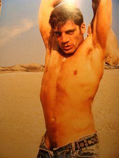 I like the desert and shifting sands