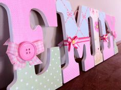 Shabby chic letters with buttons Bedroom Themes, Girls Bedroom, Pea Ideas, Shabby Chic Letters, Painted Wood Letters, Decorating Ideas, Craft Ideas, Shabby Chic Bedrooms, Home Pictures