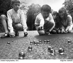 children playing in the 1970s | Children playing marbles, 1970. | Flickr - Photo Sharing!