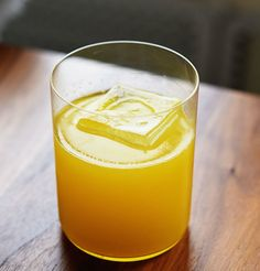 Spicy Pineapple Tequila Yellow Bell Cocktail | 1 jalapeño pepper 6 ounces (1/2 cup) blanco tequila 1 medium pineapple2 yellow peppers 2 limes