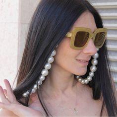The Mora Smoothie fashion blog, DIY fashion by Paola Buonacara: DIY catena per occhiali Diy Fashion, Smoothie, Sunglasses Women, Blog, Bead, Smoothies, Blogging