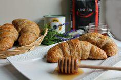 Croissant, Sausage, Sweets, Bread, Desserts, Pane, Food, Brioche, Recipes