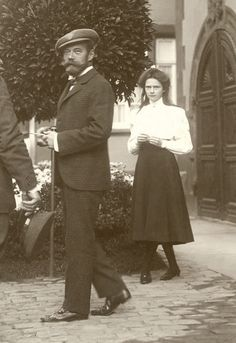 """tiny-librarian: """"Detail of Nicholas II and Tatiana, from a photo taken in Darmstadt in 1910. """""""