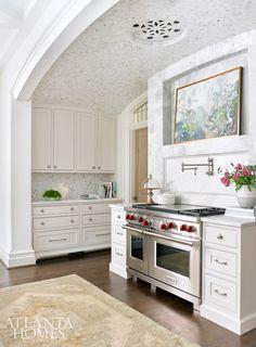 Interior design- Lauren DeLoach Interiors | Builder and architect- Richard W. Greene Inc.