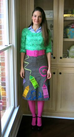 What the Art Teacher Wore #129, More Weaving and Artsy Book Club! I love all the looks in this post sooooo much