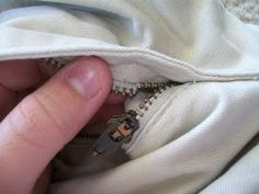 Kyliie's Thread : Tutorial: How to Fix a Broken Zipper