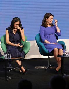 Meghania ja Catherinea naurattaa...