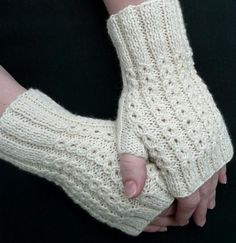 BonBons Fingerless Mitts - A decorative rib pattern that doesn't require a cable needle -