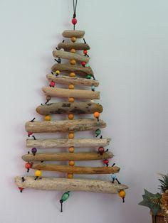 1000 id es sur le th me d corations de no l en bois flott - Decoration sapin de noel en bois ...