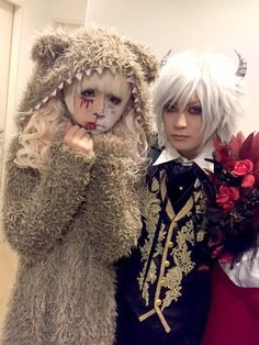 Backstage photos of METO of MEJIBRAY with Yugiri of DaizyStripper and Mizuki of DOG inThe Parallel World Orchestra at the live event【little HEARTS. Presents. 7th Anniversary「MY little HEARTS. Special Edition Vol.7 」】held at Zepp Tokyo on Oct. 31st, 2015.