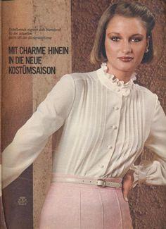 1977 Cream Blouse Decades Fashion, 70s Fashion, Vintage Fashion, Womens Fashion, Blouse Vintage, Vintage Dresses, Tweed, Cream Blouse, Taffeta Dress