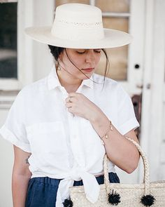 """just realized that my 20% off code """"calivintage"""" ends tonight at @powerofmypeople! this linen shirt is so perfect for summer."""