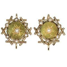 Victorian bi-color gold seed pearl earrings (ca.1880)