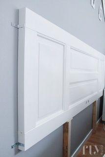 are doors so awesome? DIY bedhead doorHow are doors so awesome? Diy Furniture, Bedroom Furniture, Bedroom Decor, Door Headboards, Headboard Ideas, Headboards For Beds Diy, Old Window Headboard, Ikea Headboard, Old Doors