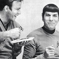 Star Trek set with William Shatner (Capt. Kirk) & Leonard Nimoy (Spock)    Classic Sci-Fi TV Series
