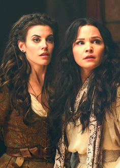 Red and Snow - Meghan Ory and Ginnifer Goodwin (this show is amazing and Meghan spells her name right haha)