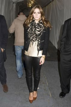 starrynight786:    Olivia Palermo. I want this outfit. This girl sure knows how to dress.