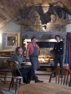 The Gunton Arms - Pub interior