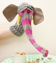 7 Super Fun DIY Sock Puppets ⋆ Handmade CharlotteYou can find Sock puppets and more on our Super Fun DIY Sock Puppets ⋆ Handmade Charlotte Sock Puppets, Hand Puppets, Sock Crafts, Crafts For Kids, Puppet Crafts, Craft Kids, Horse Crafts, Animal Crafts, Cool Diy