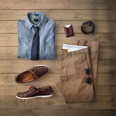Outfit grid - Denim & khaki