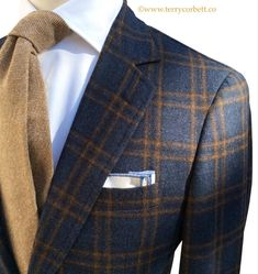 "True Luxury can not be bought off the Rack. Terry Corbett believes, ""The true Luxury of a suit is only as good as how it fits."" Millions of people are a… Mens Fashion Suits, Mens Suits, Fashion Outfits, Sharp Dressed Man, Well Dressed Men, Silvester Outfit, Estilo Cool, Vetement Fashion, Stylish Mens Outfits"