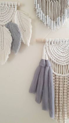 Items similar to Boho macrame wall hanging on Etsy – Macrame Macrame Design, Macrame Art, Macrame Projects, Macrame Knots, Yarn Wall Hanging, Wall Hangings, Wall Ornaments, Gypsy Decor, Feather Crafts