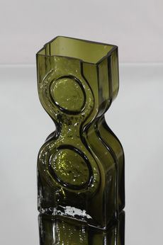 Helena Tynell Kaappikello vase Glass Bottles, Perfume Bottles, I Love Jewelry, Amber, Objects, Ceramics, Finland, Metal, Vases