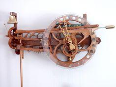 Interpretation of Clayton Boyer's Marble Strike by Leonel Leite Amazing! Wooden Gear Clock, Wooden Gears, Wood Clocks, Diy Clock, Clock Decor, Woodworking Furniture, Woodworking Plans, Marble Machine, Mechanical Clock