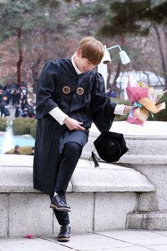 Fnc Entertainment, Seong, Canada Goose Jackets, Winter Jackets, Boys, Kpop, Princesses, Winter Coats, Baby Boys