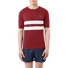 The striped version of our iconic men's tee is designed to perform and built to last, offering unbeatable comfort mile after mile. It's made from a bespoke technical dri-release® micro-blend that's lightweight, soft and durable and effectively wicks away perspiration. The cut is slim and stylish, with our trademark longer sleeves and an almost invisible in-seam pocket for keys, credit card or gel. Cambrian Stripe is available in four colour options, each featuring a contrasting stripe.  B...