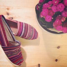 Discover the new collection of The Workshop. Handmade shoes, bags, backpacks and many more. Aztec, Espadrilles, Toms, Workshop, Spring Summer, Sneakers, Pink, Handmade, Color