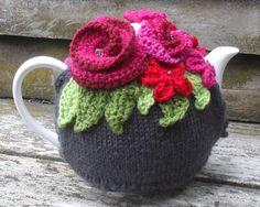 The Gratitude Tea Cozy | Crochet with Raymond #teacozy #MissFitts #tea