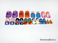 Hand painted Adventure Time themed nail set.    **brushed with top coat for longer last.  this is a set of 20 nails (10 sizes 0-9)  Already filed and shaped, just add glue and press on    This is a made to order item, please allow up to 7 days to be made before shipping.  this is a made to order ...