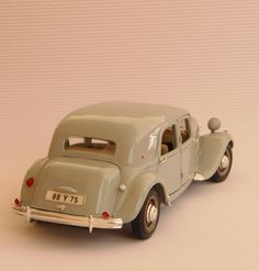 1952 Citroen Traction Avant 15CV 2867ccm/6Cyl 77hp 1938-1955