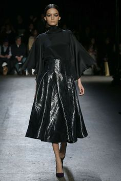 Christian Siriano RTW Fall 2014 - Slideshow - Runway, Fashion Week, Fashion Shows, Reviews and Fashion Images - WWD.com