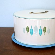 Vintage Decoware Aluminum Cake Carrier -pattern matches my Swiss Chalet dishes...