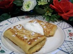 Blintzes are a bit thicker than crepes and are filled and folded like a burrito. Double the batch and freeze cooked blintzes for OAMC. These can also be made the night before and put together in the morning for breakfast or brunch. Breakfast Pancakes, Pancakes And Waffles, Breakfast Recipes, Cheese Blintzes, Delicious Desserts, Yummy Food, Griddle Cakes, Jewish Recipes, Recipes