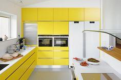 25 Modern Yellow Kitchen Designs | DesignRulz
