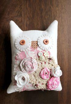 Gotta Jett - Shabby Chic Vintage Plush Owl