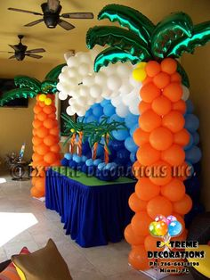Beach Bash decorations balloon | Balloon palm trees with balloon wave