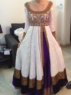 White and purple anarkali dress Red Lehenga, Anarkali Dress, Lehenga Choli, Bridal Lehenga, White Anarkali, Indian Wedding Outfits, Pakistani Outfits, Indian Outfits, Indian Attire