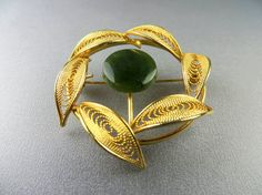 Jade & Gold Filigree Leaves Circle Wreath Brooch Pin circa 1960s Cannetille Trending Vintage Jewelry