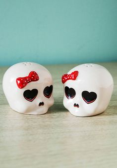 Skulls aren't always spooky! Check out these adorable s&p shakers that will add some personality to your kitchen table!